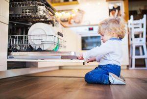 Read more about the article Sicurezza in casa del bambino: alcuni consigli