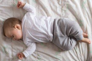 Read more about the article Il neonato non dorme? Ecco come conciliare il sonno