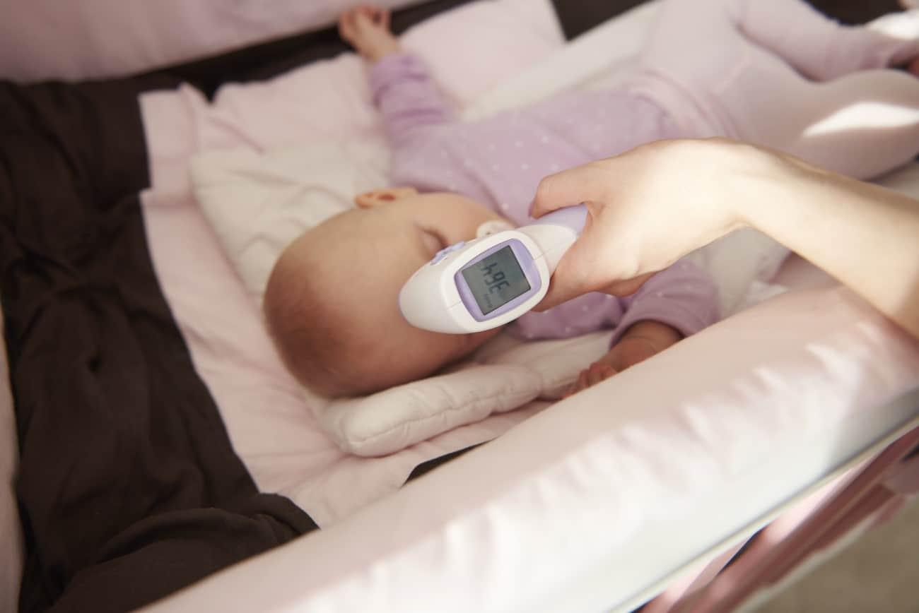 You are currently viewing Come scegliere un termometro per neonato e i migliori 4 modelli sul mercato